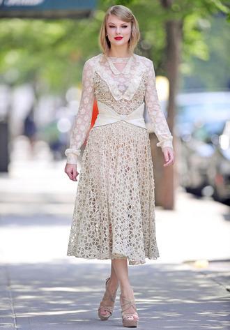 taylor swift lace dress red lipstick dress