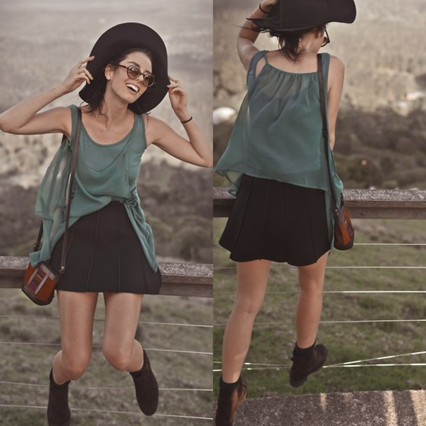 shirt http://bellevior.com/shop/item.php?it_id=1385443763 chic scuba skirt