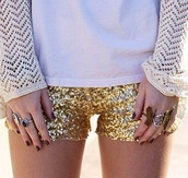 shorts,clothes,top,t-shirt,white,gold,gold sequins,sequins,paillettes,paillette,cute,jewels,ring,sweater