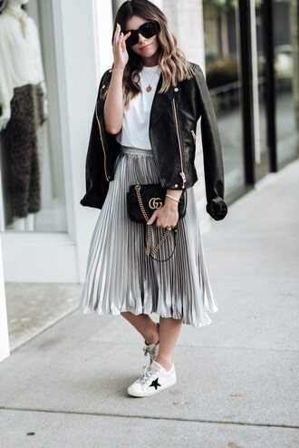 skirt midi skirt metallic pleated skirt t-shirt gucci bag white sneakers leather jacket crossbody bag blogger blogger style
