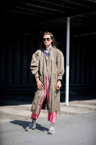 coat grey coat copenhagen fashion week streetstyle trench coat grey long coat long coat khaki pants pink pants sunglasses sneakers oversized oversized coat