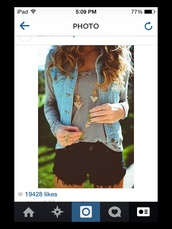 jewels,gold,long necklace,triangle,jean vest,striped shirt,three finger ring