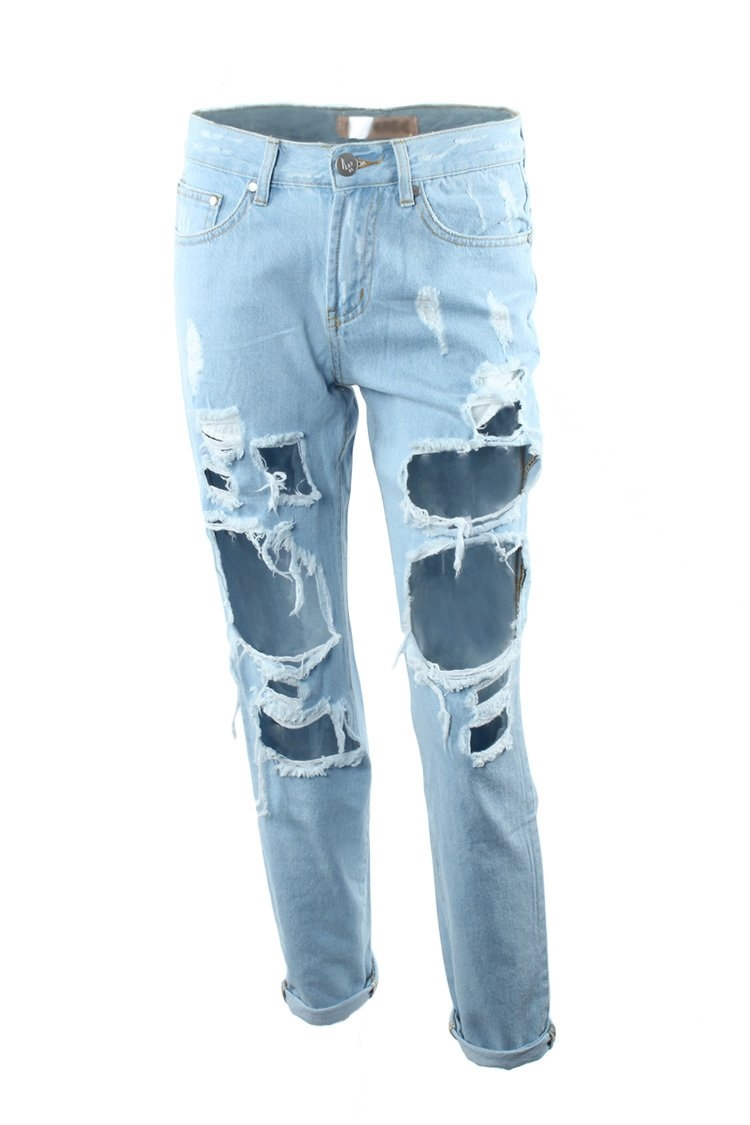 Extreme destroyed jeans