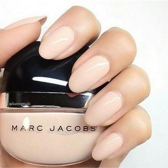 nail polish nude