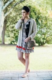 life & messy hair,blogger,jewels,shoes,gucci,mini dress,black dress,grey dress,cardigan,flats,gucci bag,streetwear