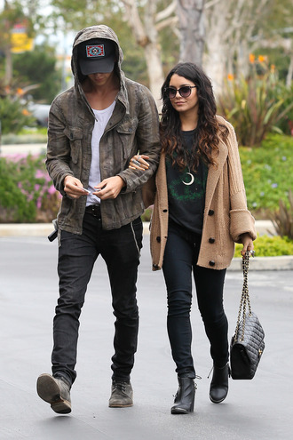 sweater fashion clothes girl's clothes beige vest sweater weather vanessa hudgens shirt sunglasses celebrity style green shirt black t-shirt austin butler