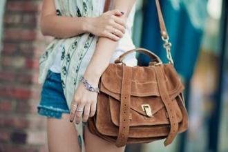 bag purse shoulder messenger buckles ante suede brown vintage boho hippie hipster bohemian indie gold