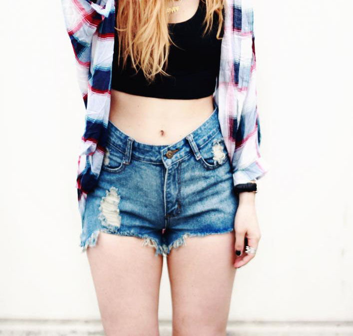 RIP AND FRAYED DENIM SHORTS - Rings & Tings | Online fashion store | Shop the latest trends