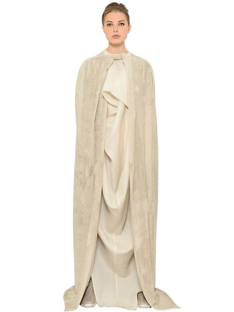 RICK OWENS Long Velvet Cape in beige / beige