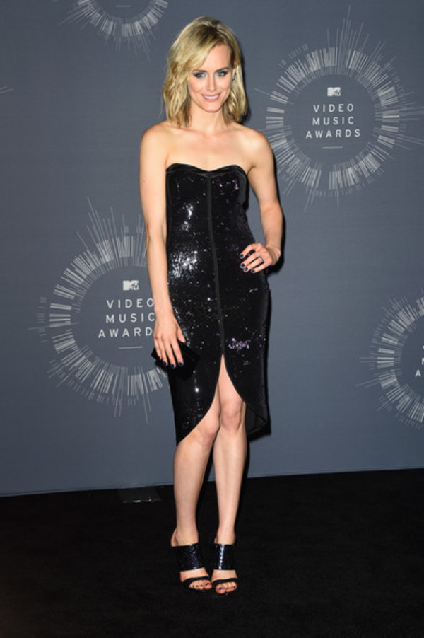 dress black taylor schilling shoes vma