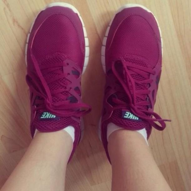 shoes nike running shoes sneakers nike sneakers burgundy style