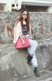 mellow mayo,blogger,sunglasses,t-shirt,bag,jeans,jacket,ankle boots,coat,shoes,top,dress,printed boots,printed ankle boots,polka dots,high heels boots,pink bag,graphic tee,pink jacket,pink sunglasses,light blue jeans