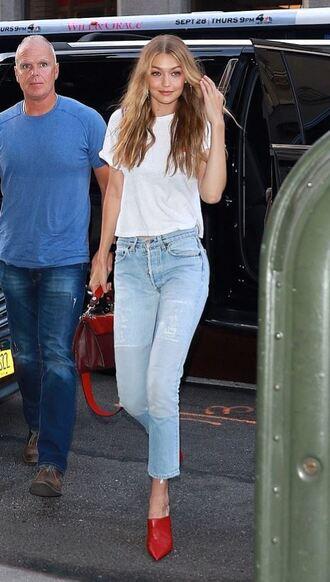jeans denim gigi hadid model off-duty streetstyle top