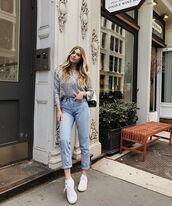 jeans,denim,sneakers,top,bag,white sneakers