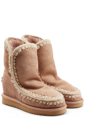 short sheepskin boots camel shoes