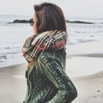 scarf sweater flannel scarf forest green plaid infinity fall outfits knitted sweater cashmre warm jumper green grey knit knitwear weave woven bobble bonbles baubles bauble cozy winter outfits beach tartan check flannel print pattern tumblr teenagers cute cool