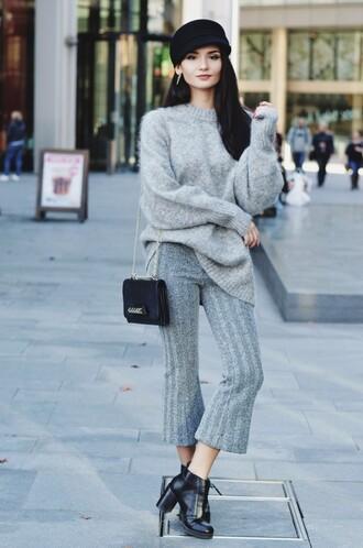 lolita mas blogger jewels pants sweater shoes bag