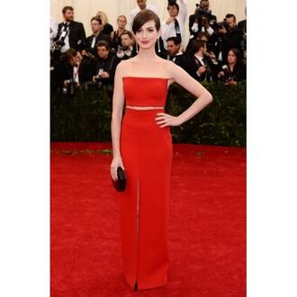 dress anne hathaway 2014 met ball dress anne hathaway 2014 dress anne hathaway red two piece dress