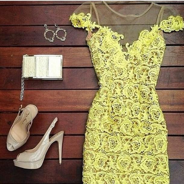 e0d9315f410e dress yellow patterned dress pastel pattern off the shoulder