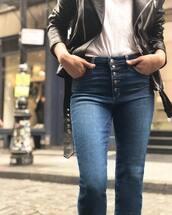 jeans,blue jeans