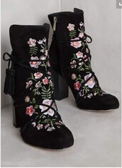 shoes,ankle boots,black boots,embroidered