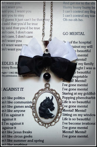 jewels unicorn goth nu goth bow onyx lolita gothic necklace handmade wonderland