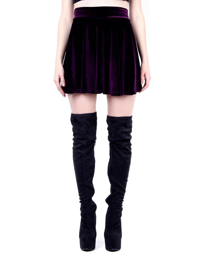 Charlotte Purple Velvet Skater Skirt | PrettyLittleThing.com