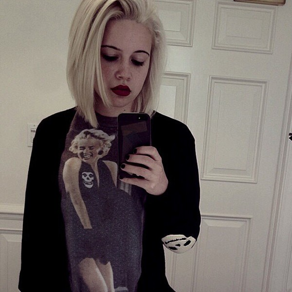 top Beatrice Miller cardigan shirt marilyn monroe