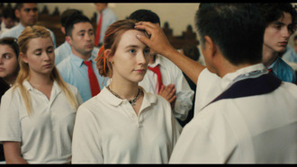 t-shirt movie lady bird white t-shirt necklace saoirse ronan celebrity