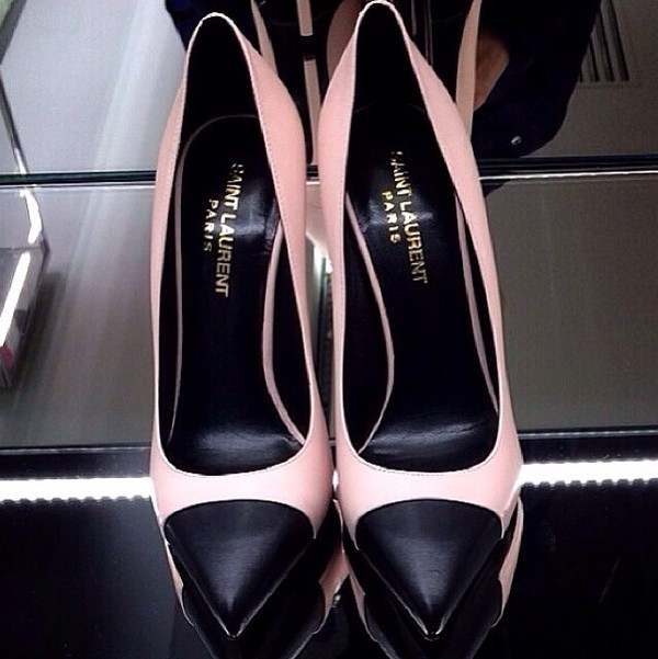 shoes high heels pink high heels pink pointed toe pumps pointy toe shoes pastel pink saint laurent paris