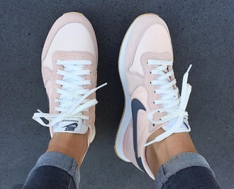 shoes blush pink grey nike pink blue sneakers nikes pink and navy nikes nike shoes light pink nike huarches women nike sneakers pink nike shoes trainers light pink dark grey a rose colour pink with blue nike pastels pastel pink streetstyle pink nike nude basket nike pink shoes pick nike