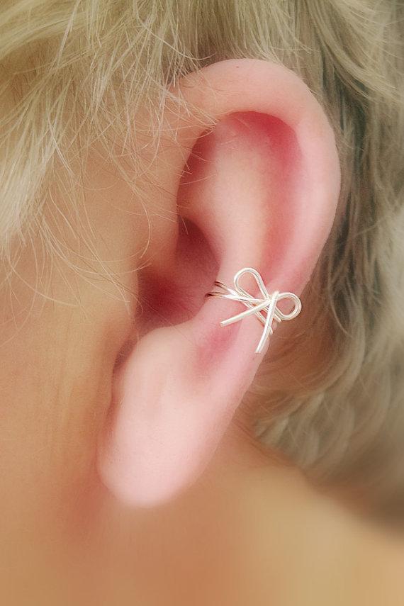 NEW/ Dainty Bow Ear Cuff/ Cartilage Cuff/ Now by TheLazyLeopard