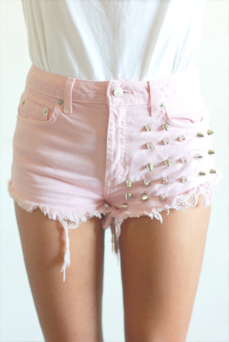 shorts studded shorts pink studs pants spikes baby pink cute high clous clouté rose pale look mode wonderful beautiful amazing tumblr picture kiss bye bye top pastel pink studded jean shorts stud studded badazled pink shorts high waisted shorts spiked shorts cute shorts pastel spike shorts with spikes baby rosa denim shorts