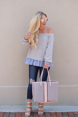 cortinsession blogger sweater jeans dress bag shoes sunglasses jewels sandals tote bag fall outfits