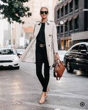coat,trench coat,double breasted,jeans,skinny jeans,black jeans,belt,pumps,black t-shirt,sunglasses,handbag
