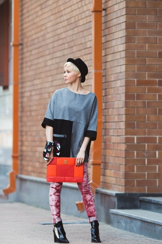 gvozdishe blogger sweater jeans shoes scarf bag