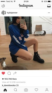 dress,sweater,royal,blue,kylie jenner,shirt,long sleeves,oversized sweater