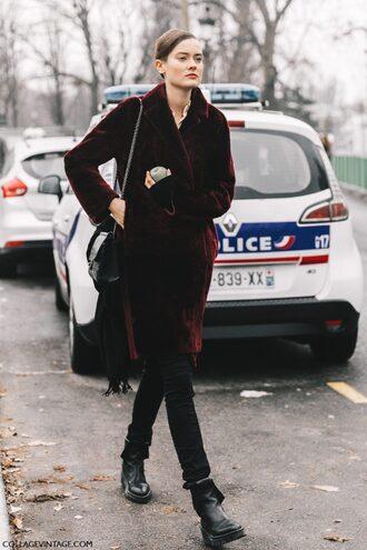 coat tumblr fashion week 2017 fashion week street style streetstyle velvet velvet coat red coat burgundy burgundy coat jeans androgynous black jeans skinny jeans black skinny jeans boots black boots flat boots bag black bag chain bag