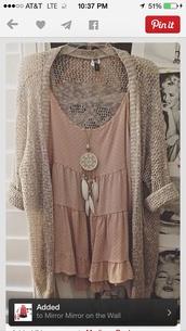 blouse,tank top,peach,ivory,flowy,cami,dressy,cardigan,jewels,jewelry,boho jewelry,necklace,dreamcatcher,dreamcatcher necklace