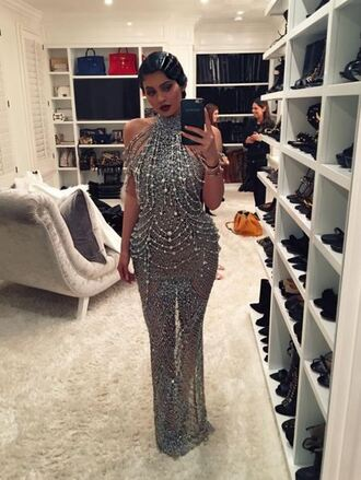dress gown red carpet dress wedding dress kylie jenner instagram kylie jenner dress vintage silver beaded dress sparkly dress sparkle crystal 1920s dress 1920s clothes silver gown sparkling beads the great gatsby prom dress kardashians studded dress sequin dress rhinestones dress sexy dress sequins