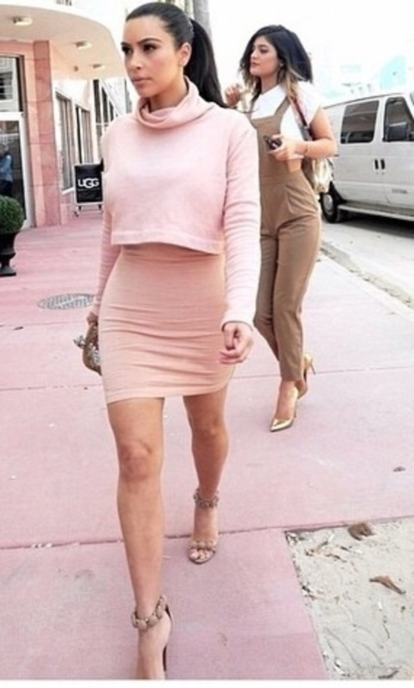 skirt jacket kim kardashian pink pink dress gossip girl sexy party dresses sexy sweater pink shirt brunette high heels tumblr tumblr girl tumblr clothes t-shirt dress jumpsuit pink kim kardasian co-ordinates blush pink