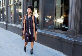 the lipstick giraffe blogger dress jacket shoes bag jewels make-up vest striped dress shirt dress ankle boots