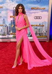 dress,pink,pink dress,zendaya,gown,long dress,prom dress,slit dress,shoes