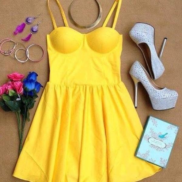 dress robes jaune