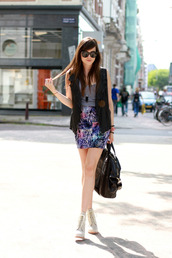 mini,pleated,bodycon,print,andy,style scrapbook,jacket,shoes,bag,skirt