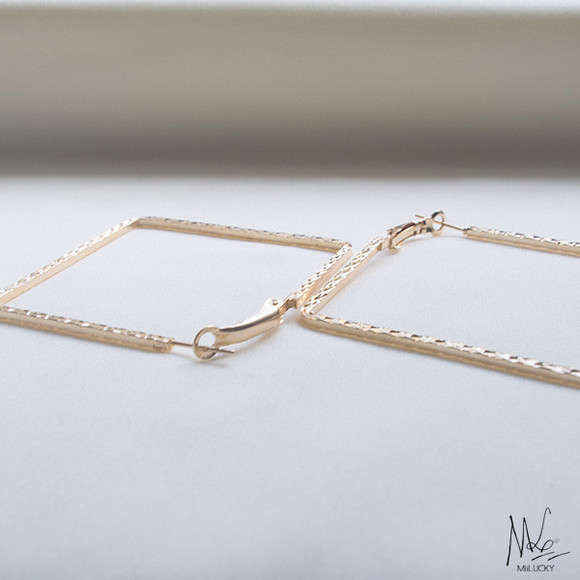 jewels hoops earrings square