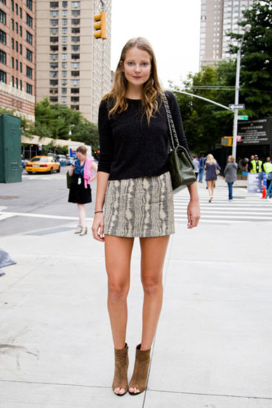 skirt mini skirt python beige top model models off duty