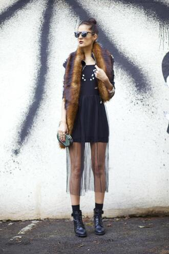 from brussels with love blogger combat boots scarf faux fur see through black dress clutch round sunglasses fur scarf