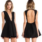 dress,ootd,sexy,cute,cool,black dress,little black dress,black,outfit,outfit idea,tumblr outfit,date outfit,spring outfits,sexy dress,black sexy dress,minimalist,minimalist fashion,hot
