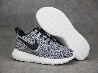 shoes nike black print